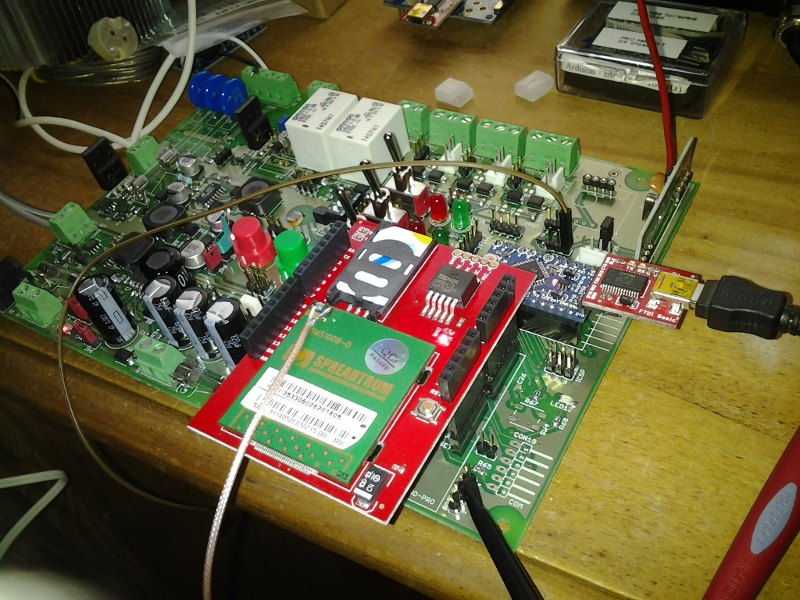 wireless x 10 sms alarm system built with arduino[populated with arduino pro mini, 433mhz rf receiver and cellular shield] this alarm